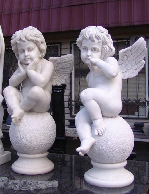 Ангелочки – нефритовый мрамор. Частный заказ . Июнь 2010. Имеются в наличии. Стоимость  от 2 тысяч долларов.