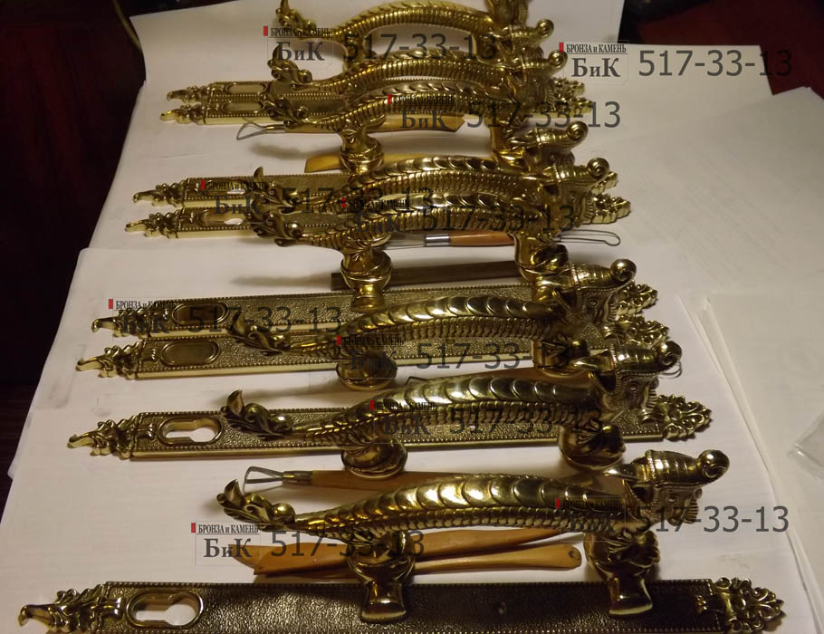 Ручки дверные бронза.