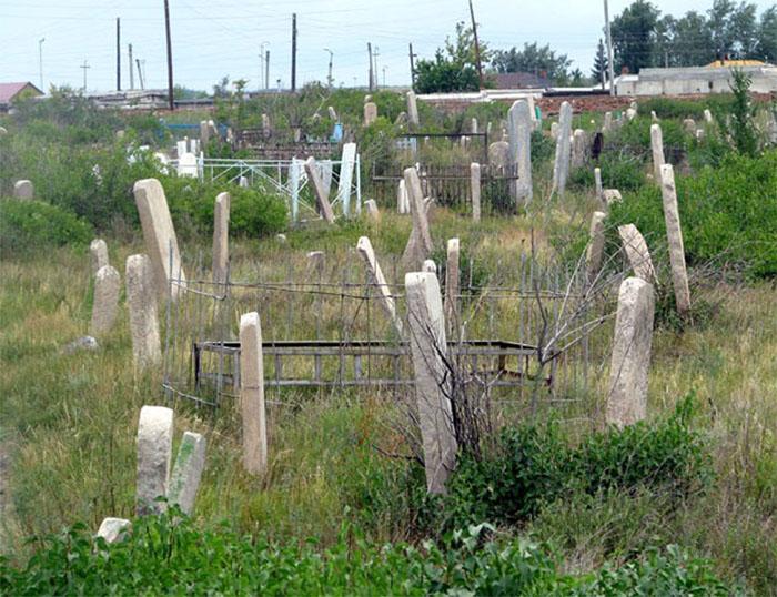 Мусульманские традиционные надгробия