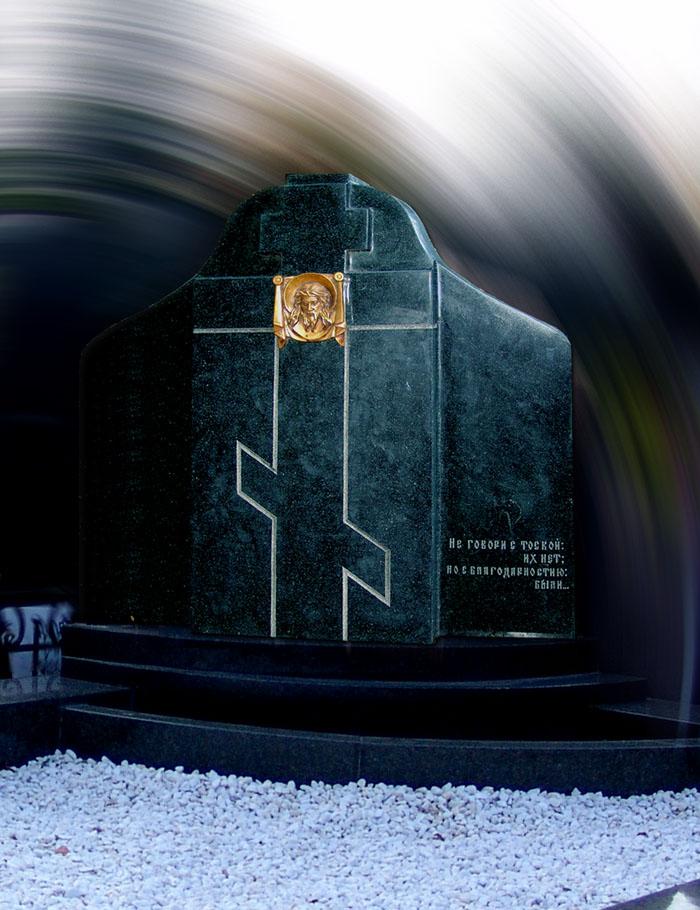 Православный памятник на 2 захоронения с ликом Иисуса