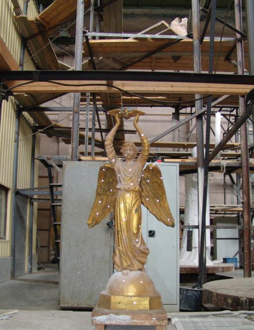 Модель для увеличения фигуры ангела.