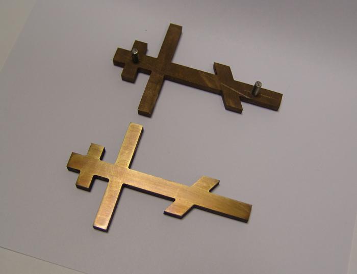 Православный крест. Хорошо виден крепеж- штифты из нержавейки.