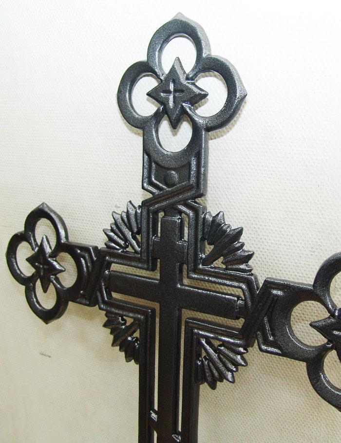 Фрагмент чугунного креста. Готовим модель голгофы.