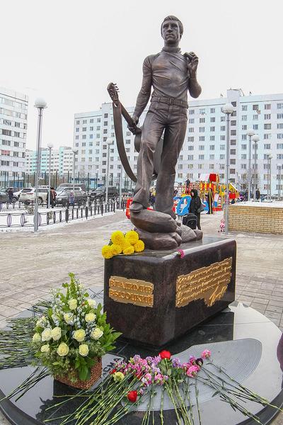 Памятник Владимиру Семеновичу Высоцкому.