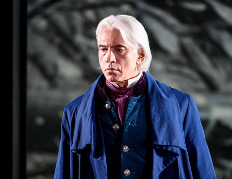 Дмитрий Хворостовский в опере «Евгений Онегин» на сцене Королевской оперы. Лондон, 16 декабря 2015 года