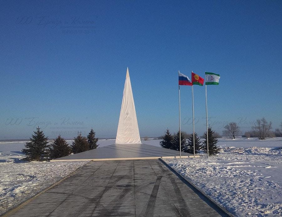 Открытие памятника Суламбеку Осканову