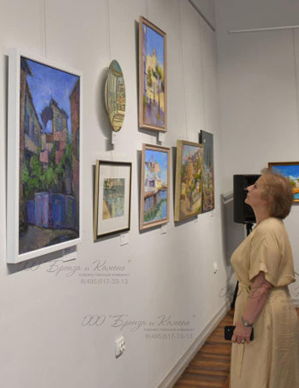 Представлены работы более сорока абхазских художников